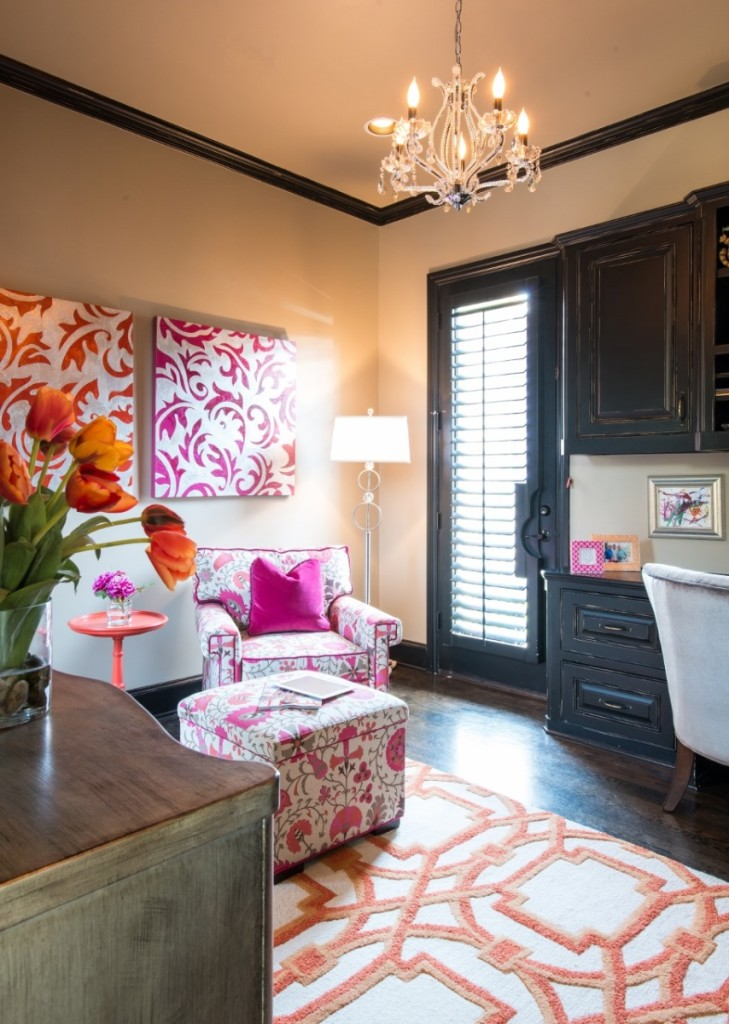 pink and orange rooms