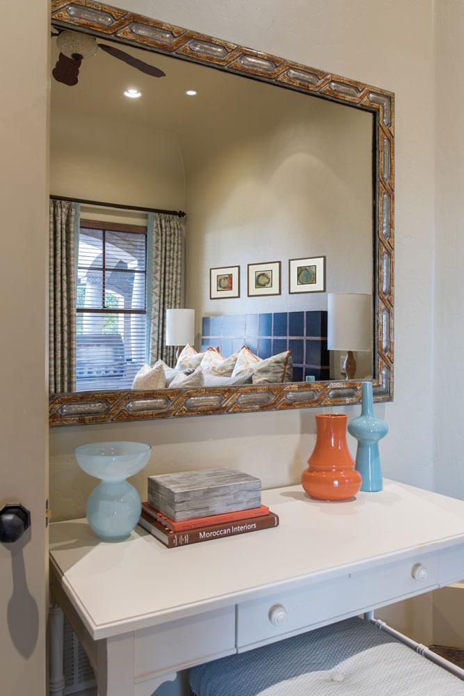 bedroom-mirror-westlake