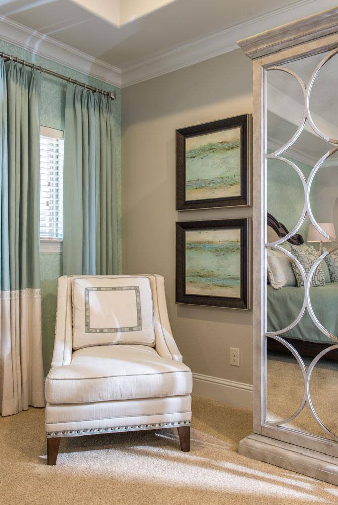 corner-custom-chair-las-colinas