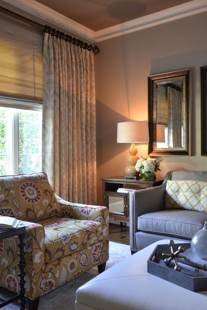 custom-chair-living-area-yost