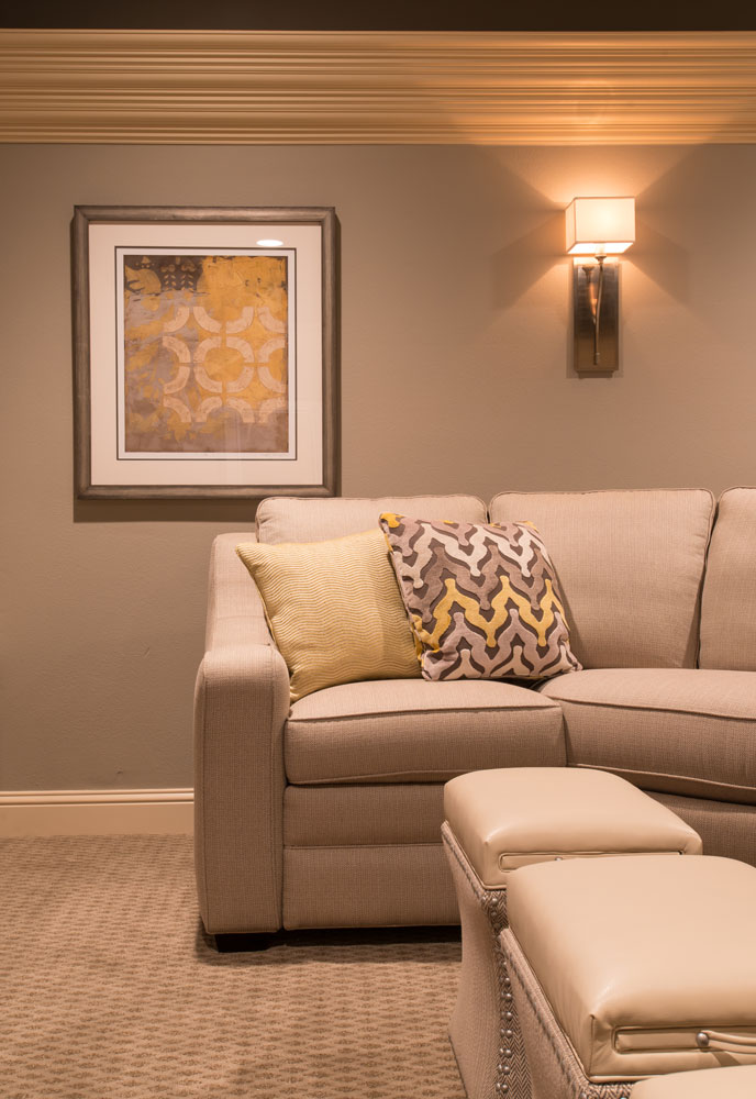 custom-sofa-pattern-pillow-frisco