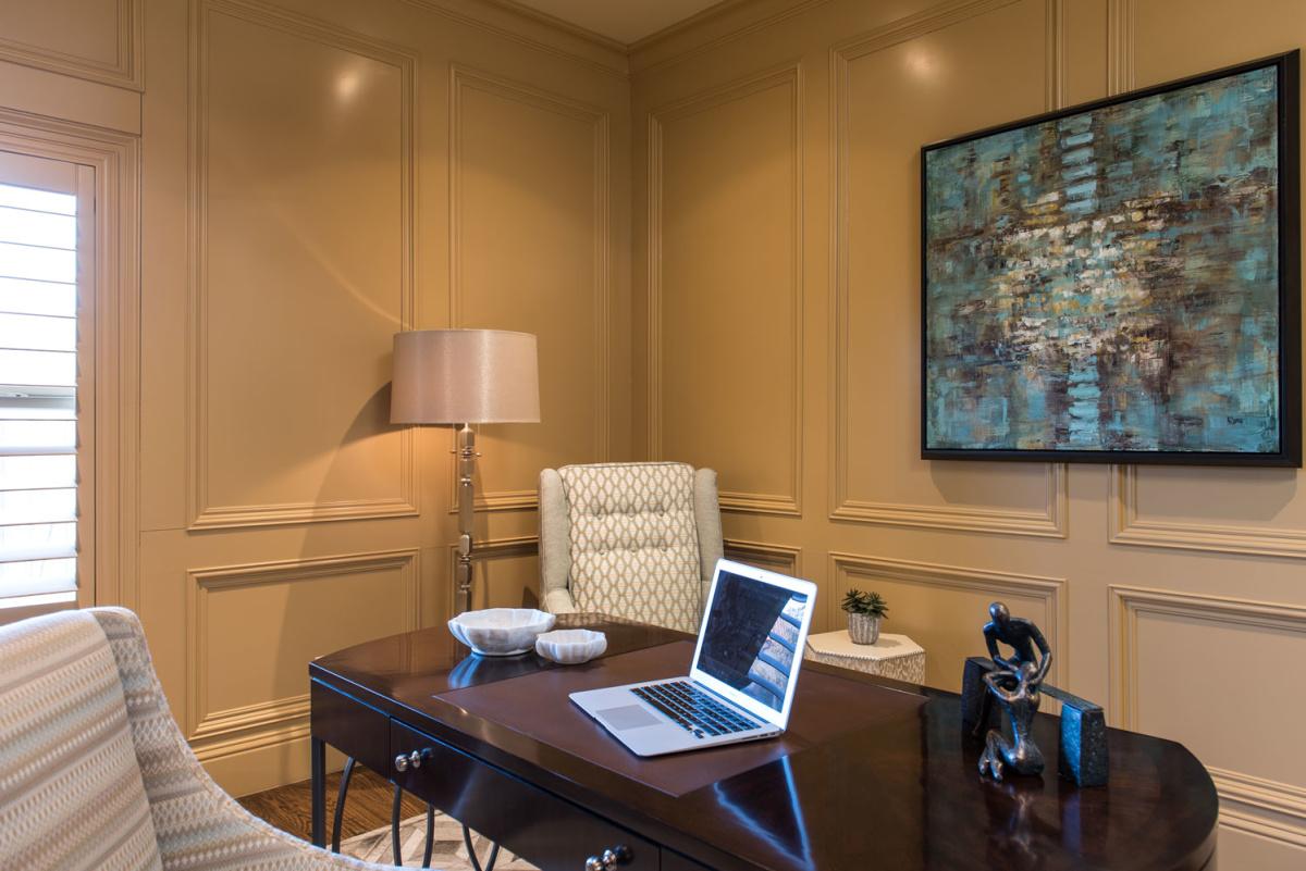 home-office-closeup-las-colinas
