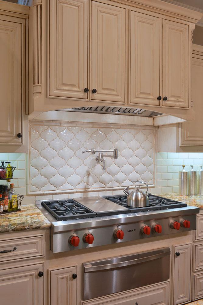 kitchen-detail-cream-cabinets-yost