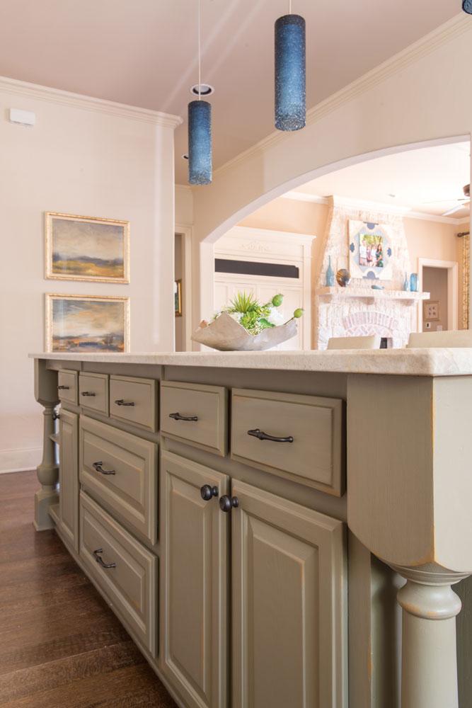 kitchen-detail-of-island-frisco