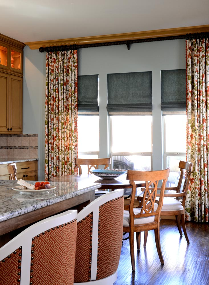 las-colinas-irving-kitchen-window-treatment