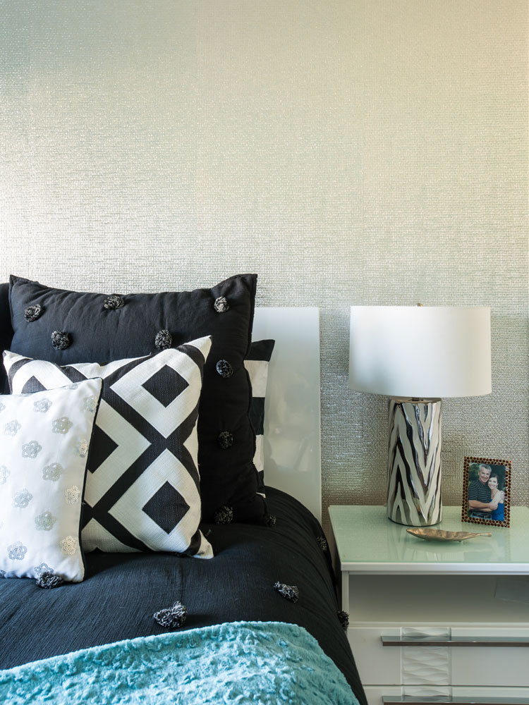 bedroom-closeup-keller-contemporary