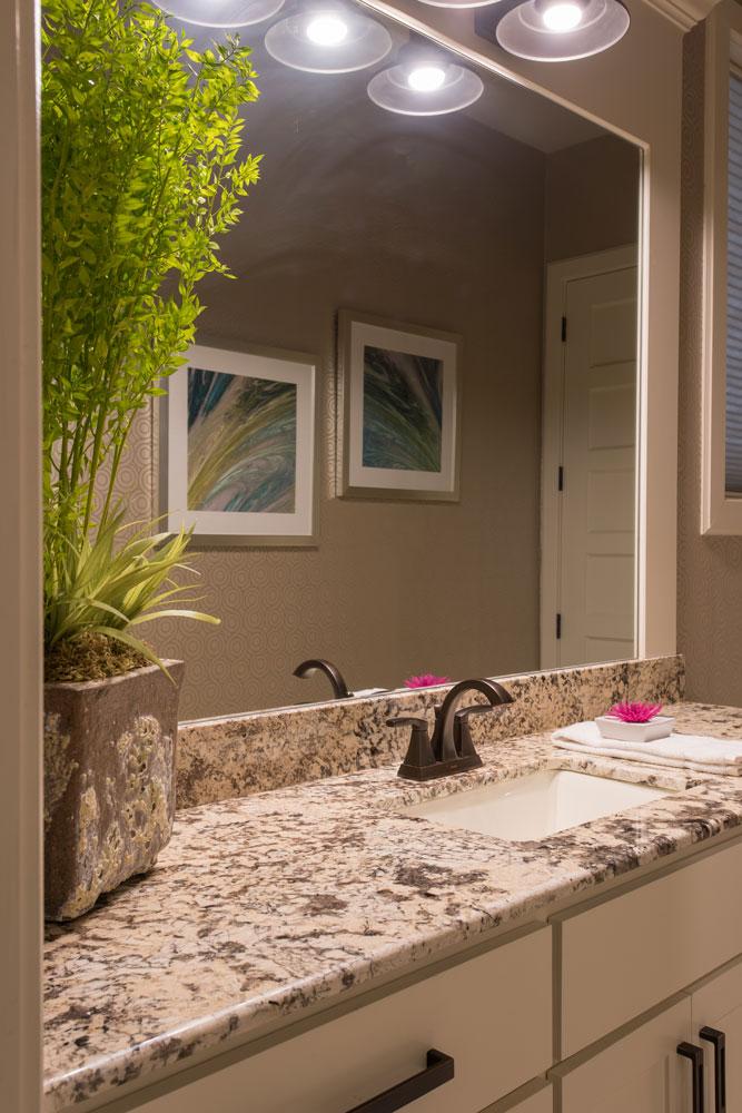 keller-contemporary-bathroom-vanity-detail