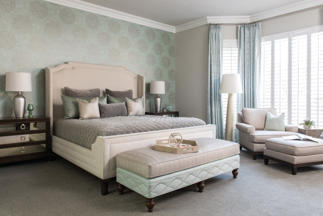 Balancing the Old and New with a Transitional Style   Barbara Gilbert Interiors