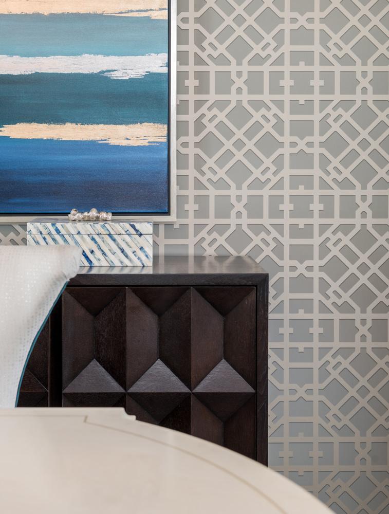 transitional-decor-dallas-dining-room-wall-decor