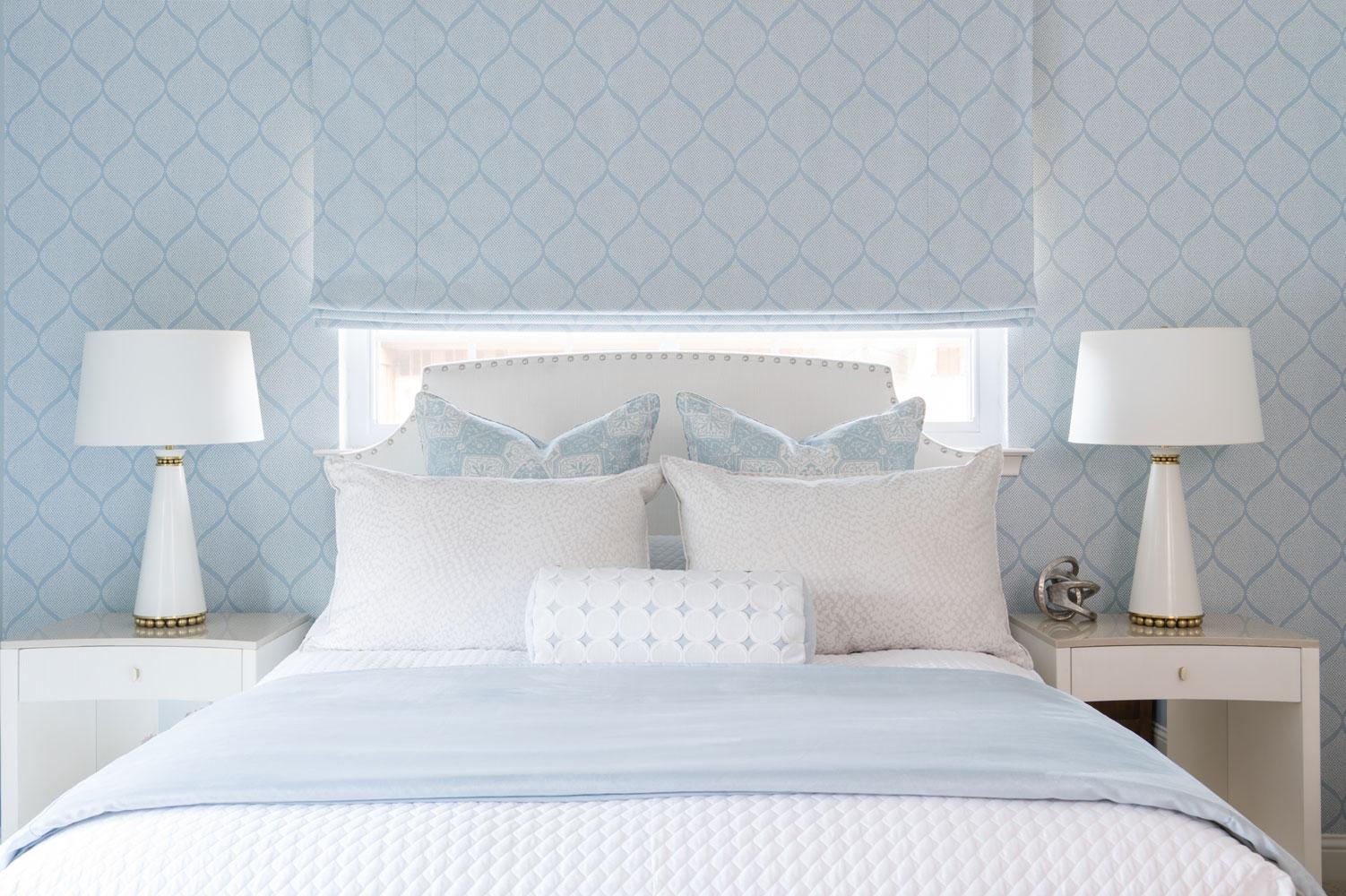 transitional-decor-dallas-master-bed-design