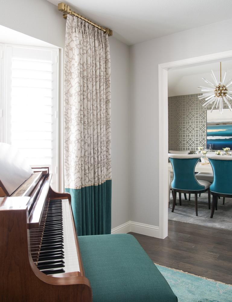 transitional-decor-dallas-window-drapes