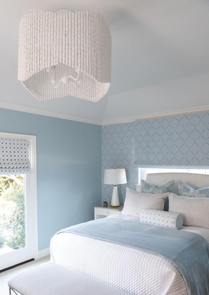 transitional-decor-master-bedroom-design-dallas